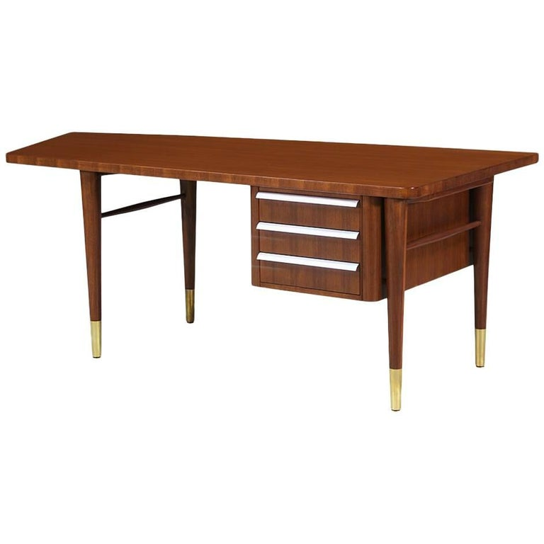 Midcentury Executive Desk By Stow And Davis At 1stdibs