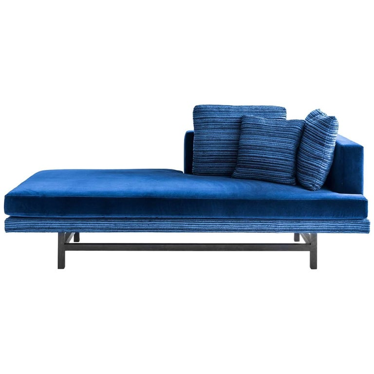 Aragon Chaise in Blue Cotton Velvet on an Ebonized Walnut Base, COM or COL For Sale