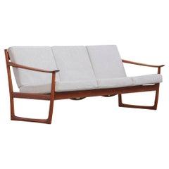 Danish Modern Sofa Peter Hvidt & Orla Mølgaard FD130 Midcentury