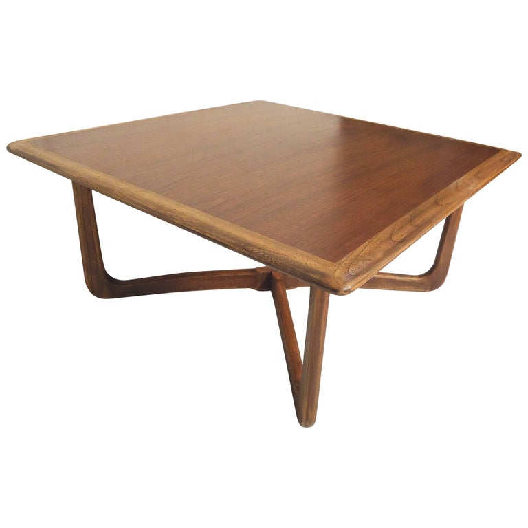 Mid Century Modern Coffee Table By Lane For Sale At 1stdibs