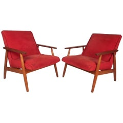 Pair of Vintage Modern Lounge Chairs