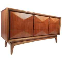 Small Mid-Century Modern Dresser in the Style of Vladimir Kagan