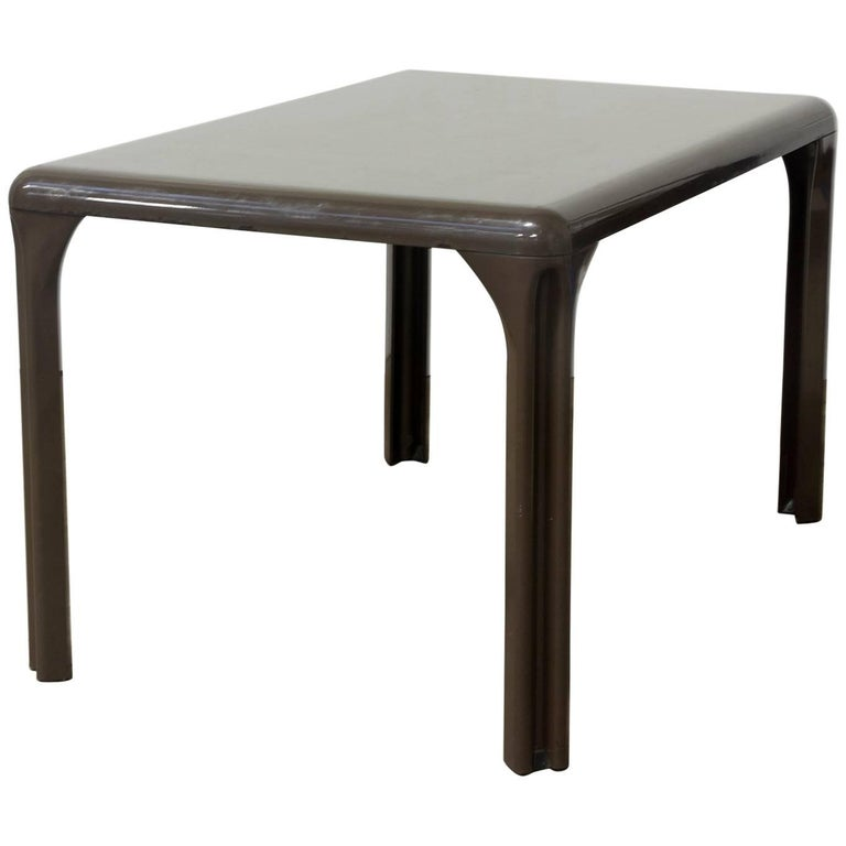 1969, Vico Magistretti for Artemide, Brown Plastic to Dissamble Table