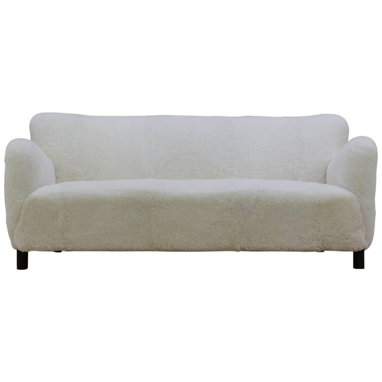 1940s fritz hansen three seat sofa in sheep skin model 1669a for sale at 1stdibs. Black Bedroom Furniture Sets. Home Design Ideas