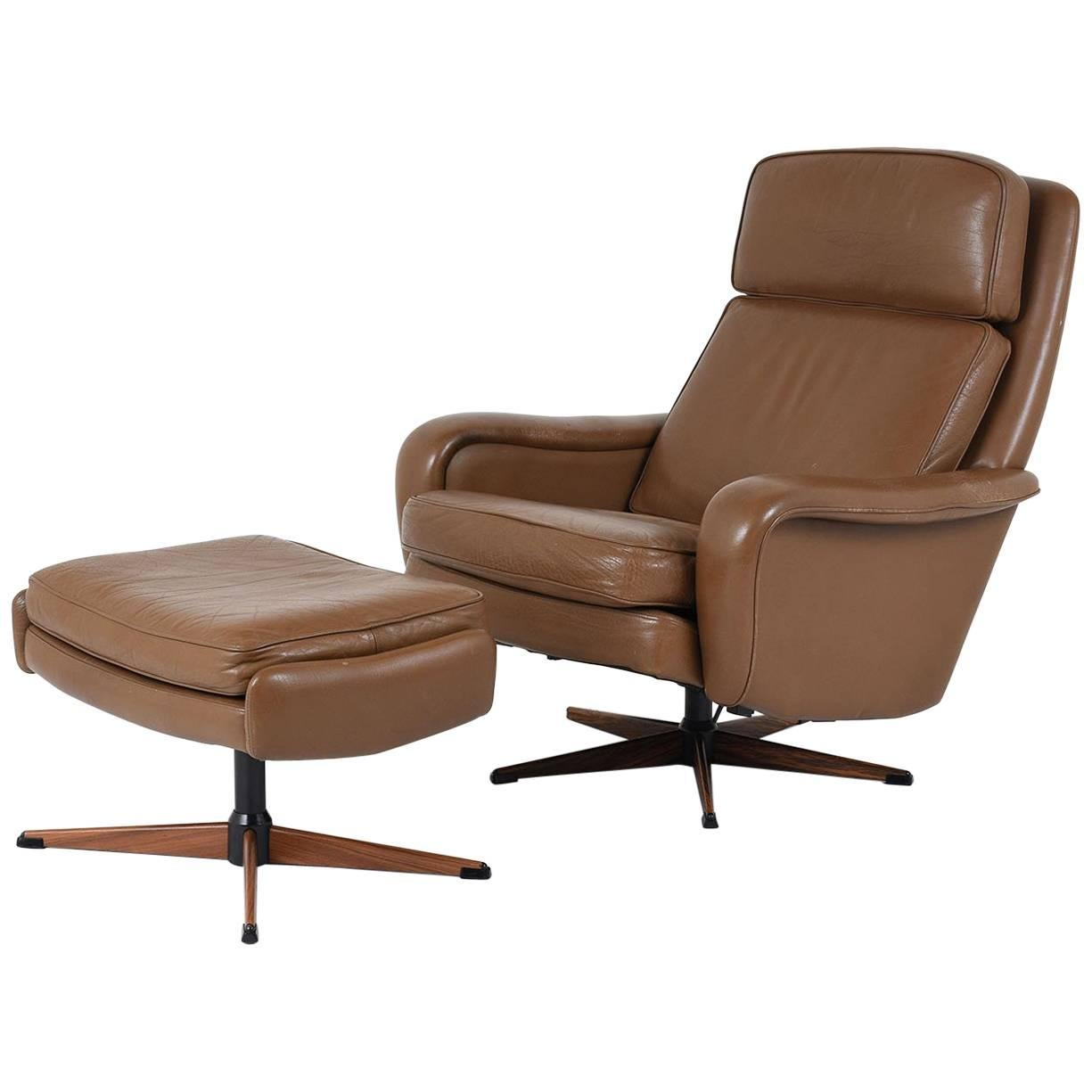 Mid Century Leather Lounge Chair and Ottoman