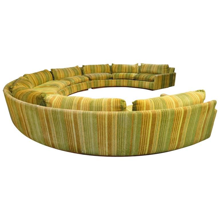 Spectacular Three-Piece Milo Baughman Circular Sofa Rosewood Mid-Century Modern