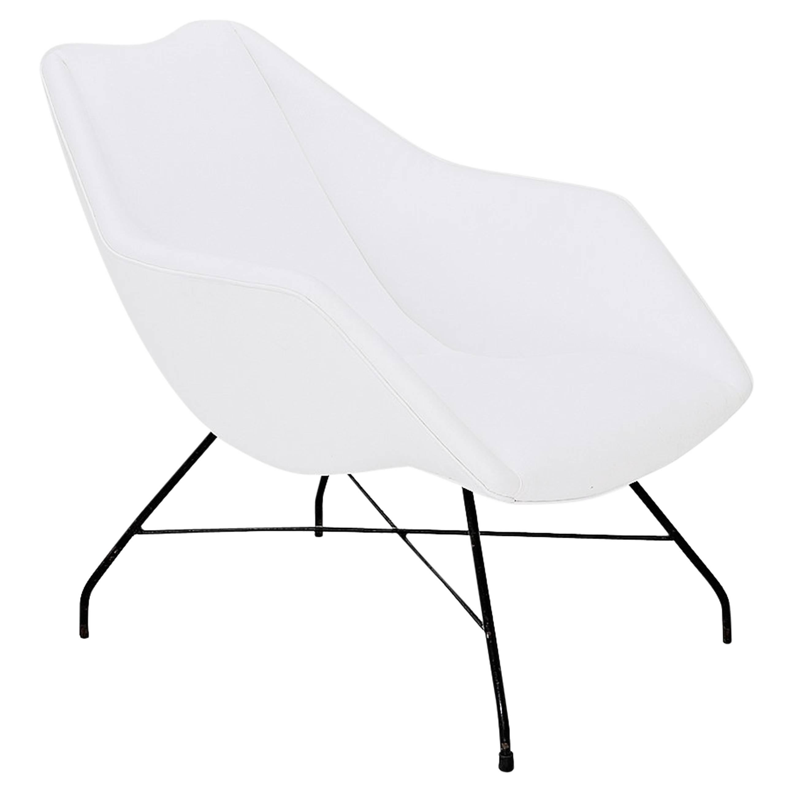 "Martin Eisler & Carlo Hauner Modern Brazilian Lounge Chair Model ""Shell"" White"