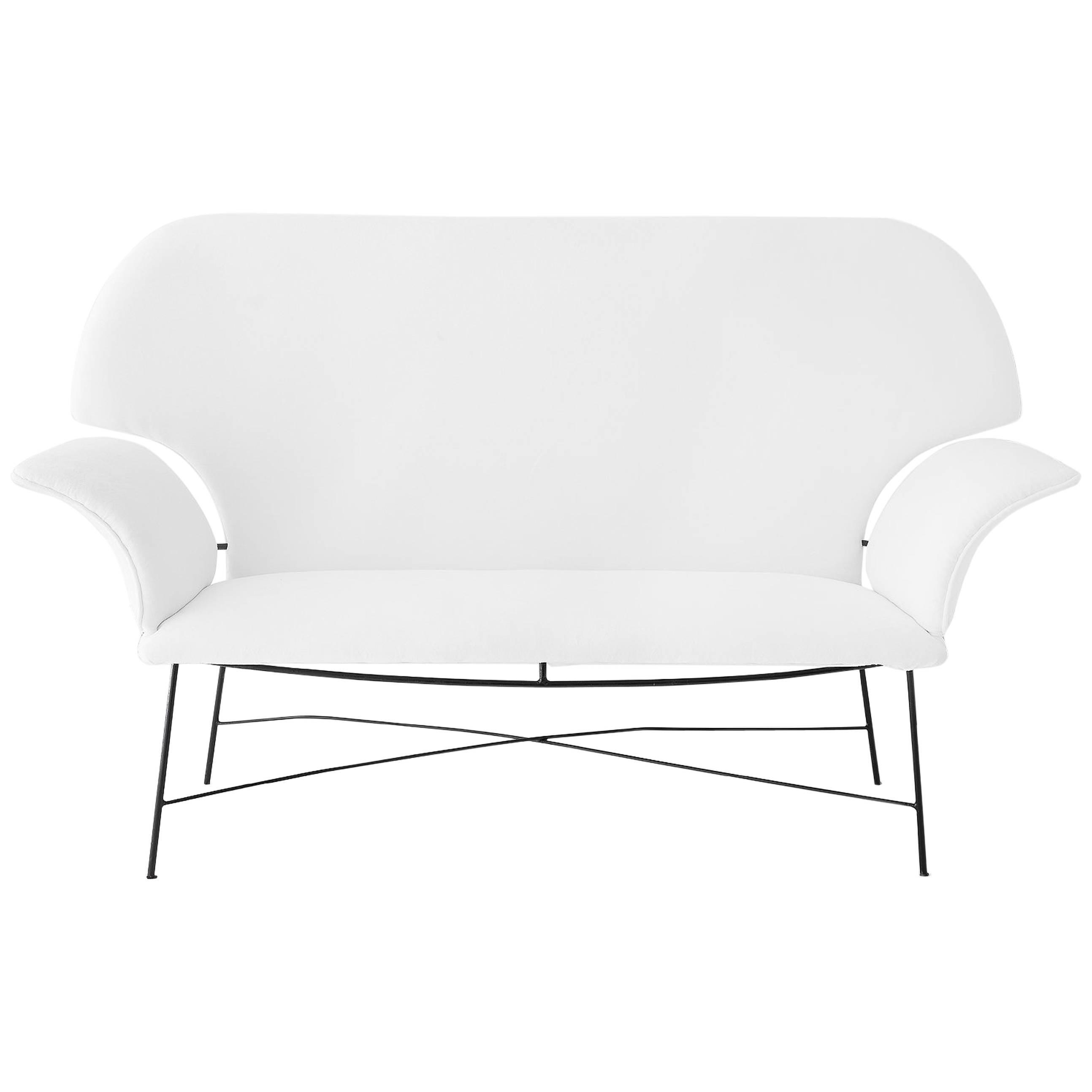 Martin Eisler & Carlo Hauner Brazilian Mid-century Design White upholstered Sofa