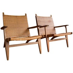 Model CH-27 Oak and Cane Lounge Chairs by Hans J. Wegner