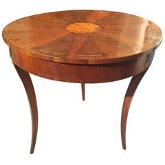 19th Century Italian Walnut Veneered Round Table