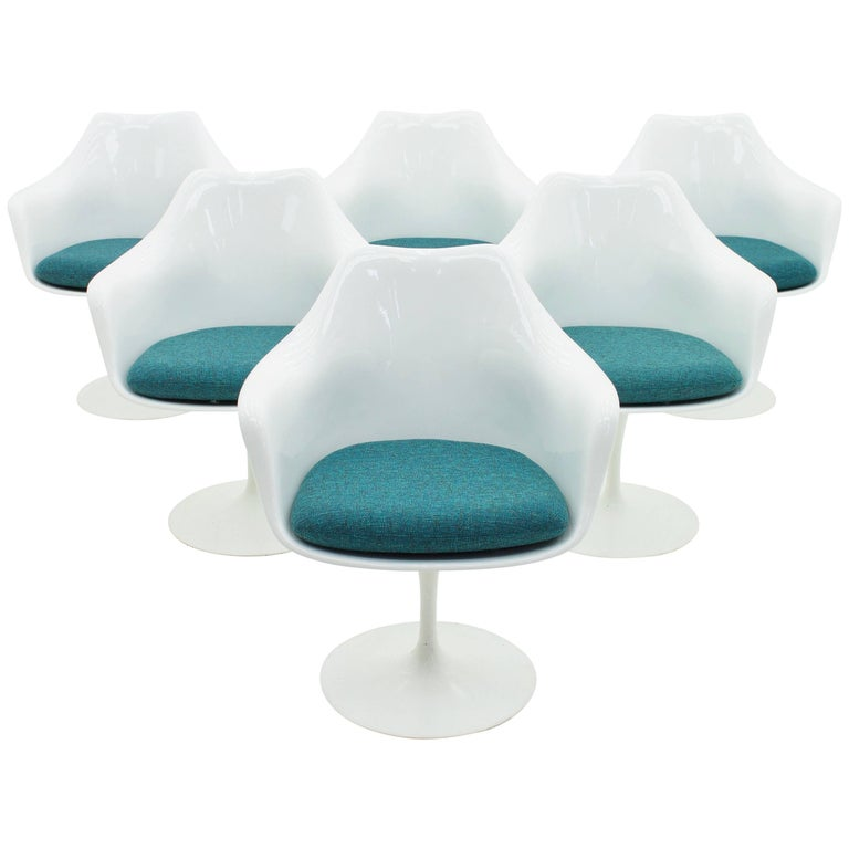 Set of Six Eero Saarinen Tulip Swivel Chairs, Knoll International
