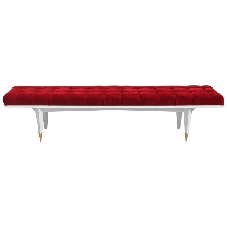 French Art Deco Snow White Lacquered Long Sitting Bench, circa 1940s