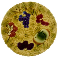 Sarreguemines French Faïence Majolica Mixed Fruit and Leaf Round Serving Platter