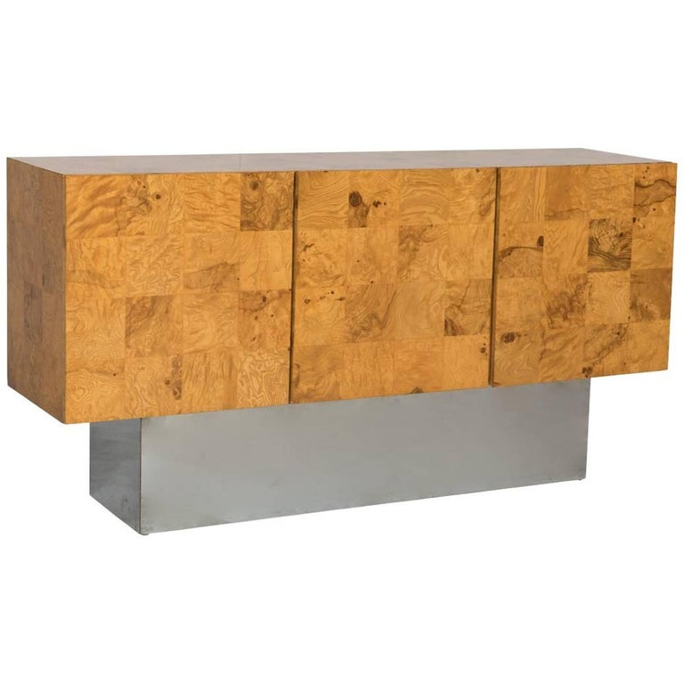 Rare Milo Baughman for Thayer Coggin Olive Burl Credenza Raised on Chrome Plinth For Sale