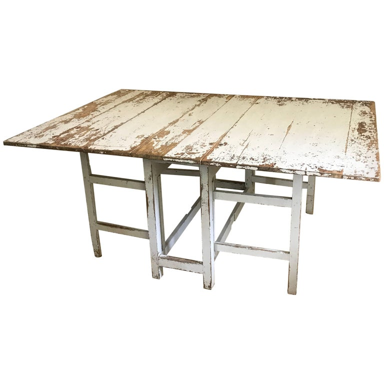 Swedish Drop-Leaf Slagbord Dining Table For Sale