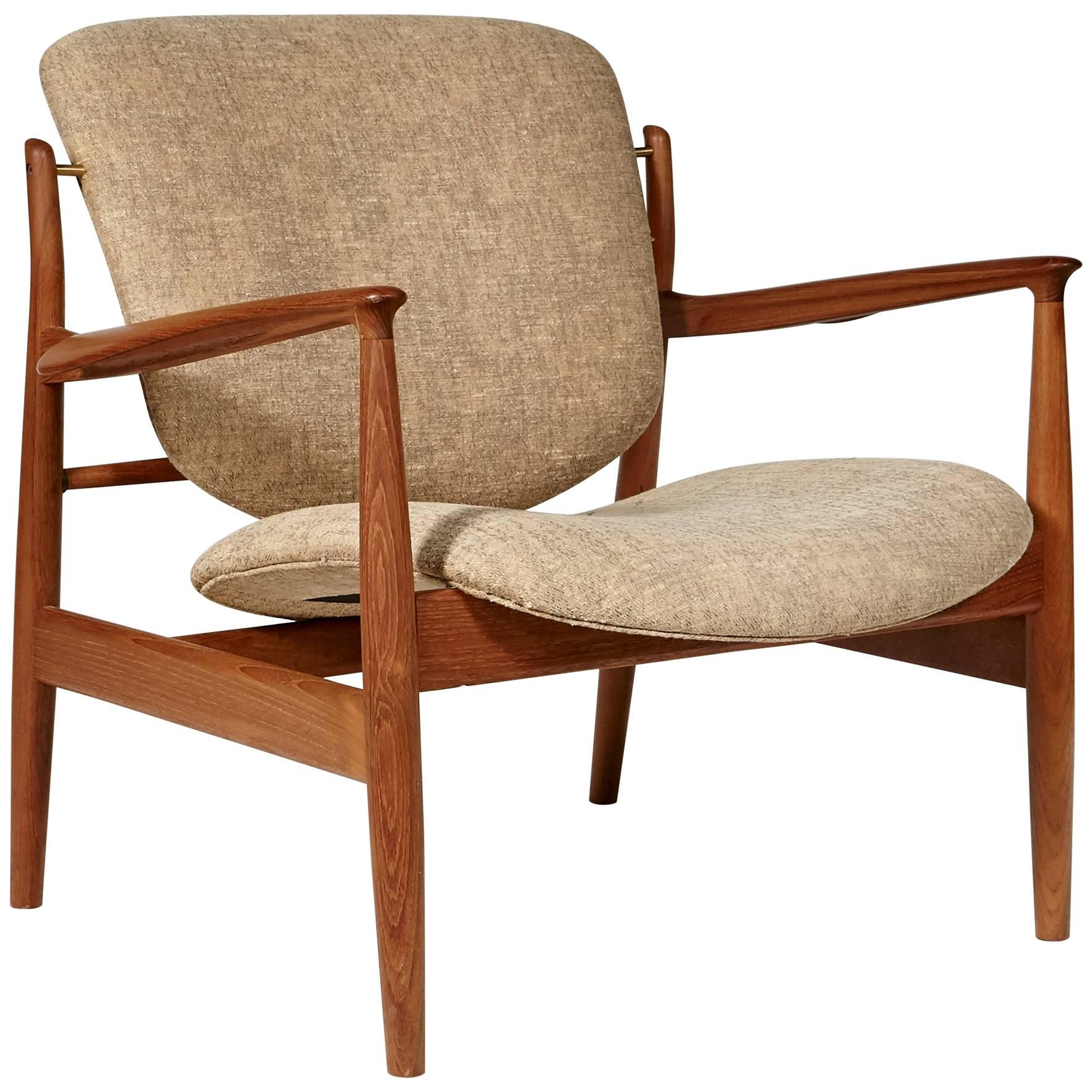 Finn Juhl Teak Danish Lounge Chair Model FD 136, 1950s For Sale At 1stdibs
