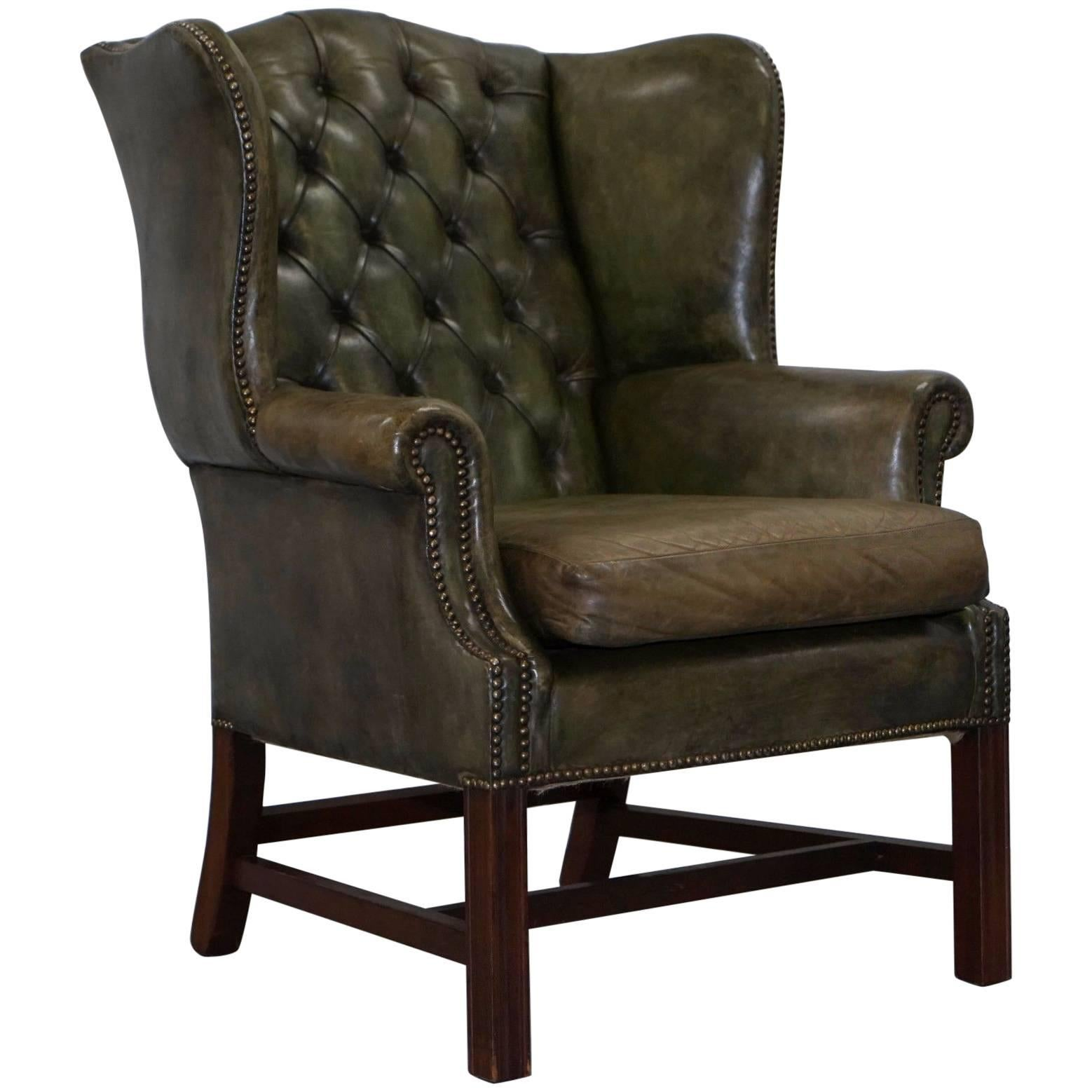 Merveilleux Original Hand Dyed 1960s Green Leather Chesterfield Georgian Wingback  Armchair For Sale