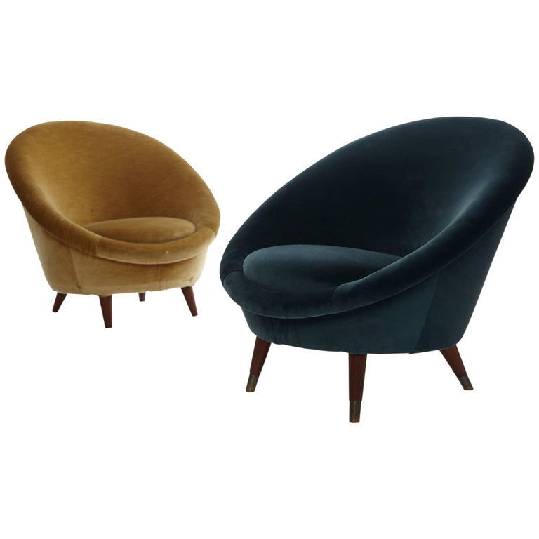 Pair of 1950s Norwegian Egg Chairs For Sale