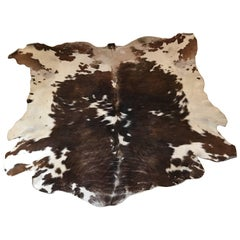 Natural Tri-Color Cowhide Rug / Carpet
