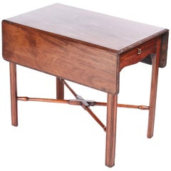 Fine Chippendale Childs Mahogany Pembroke Table