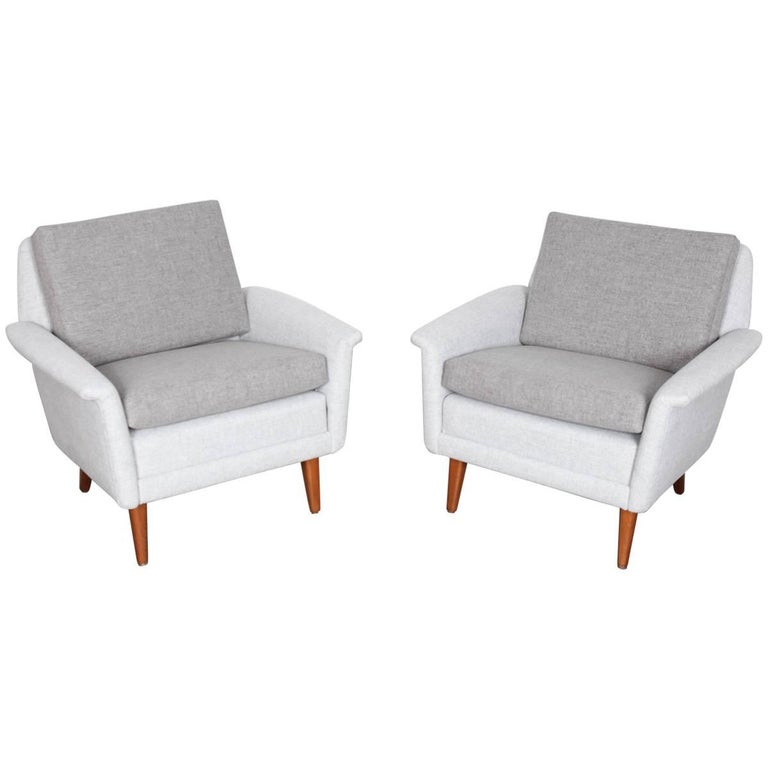 Pair of Swedish Mid-Century Modern Lounge Chairs by Folke Ohlsson for DUX