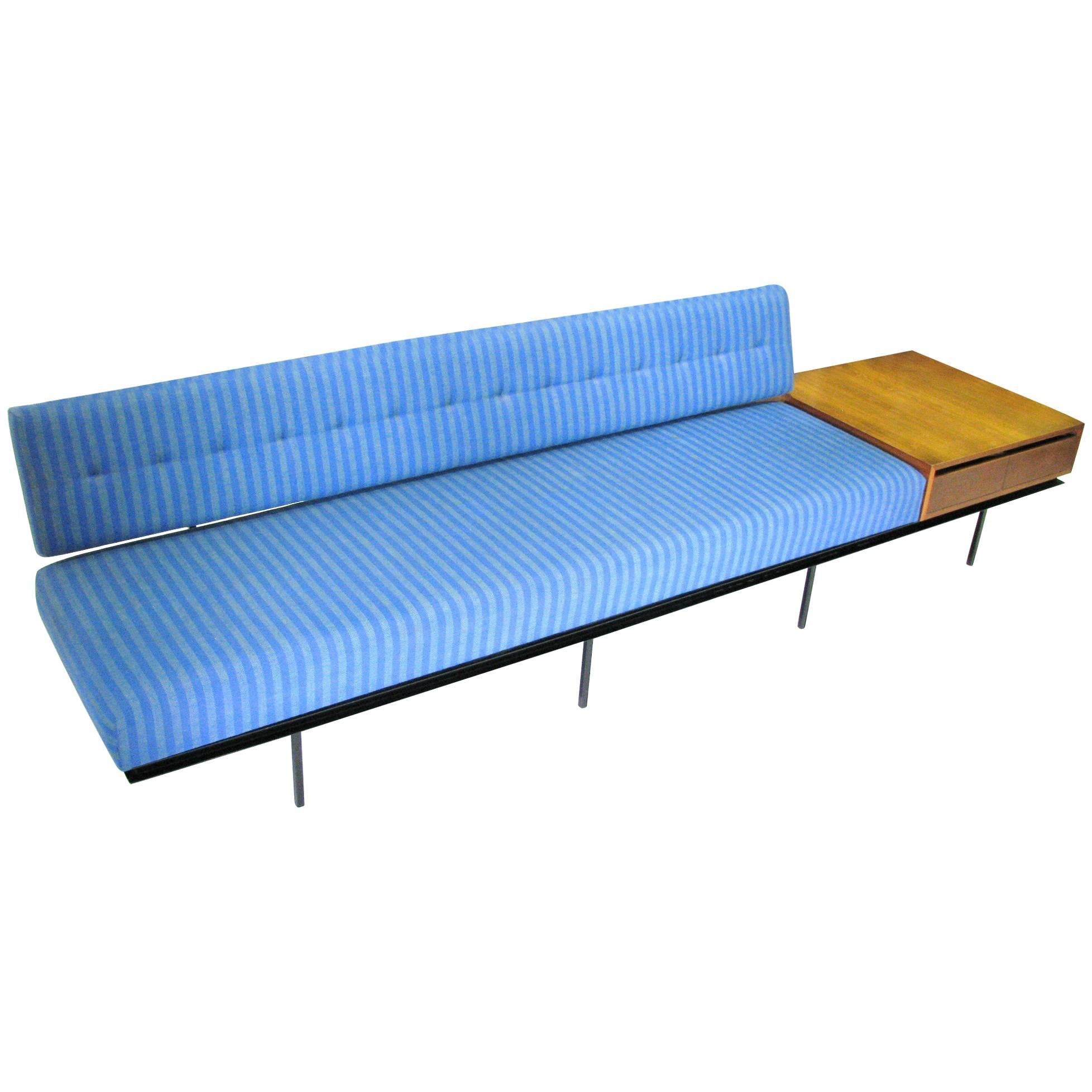 Midcentury Sofa/End Table Combination Designed by Florence Knoll