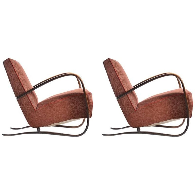 Pair of H269 Armchairs by Jindrich Halabala in Original Upholstery, circa 1940 For Sale