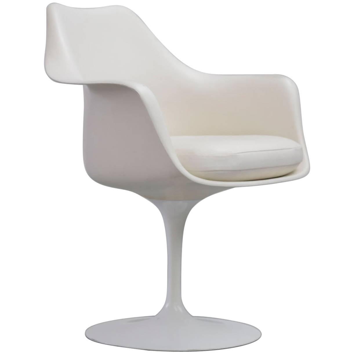 Tulip Armchair By Eero Saarinen, Knoll International For Sale