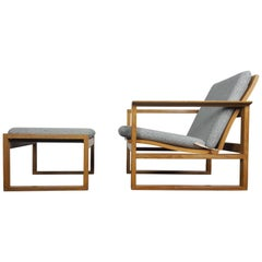 Børge Mogensen Oak Lounge Sled Chair and Footstool Designed 1956 for Frederica