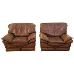 Mid-Century Modern Italian Genuine Leather Pair of Armchairs by Colombo. 1970s