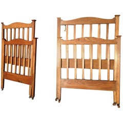 Good Quality Pair of Arts & Crafts Single Oak Beds in the Manner of Heals