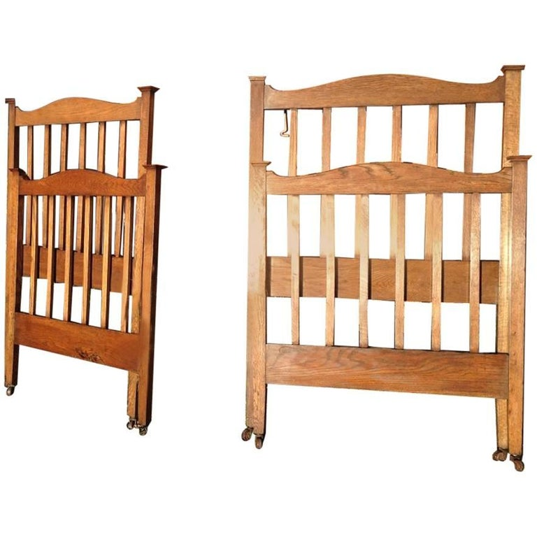 Good Quality Pair Of Arts And Crafts Single Oak Beds In