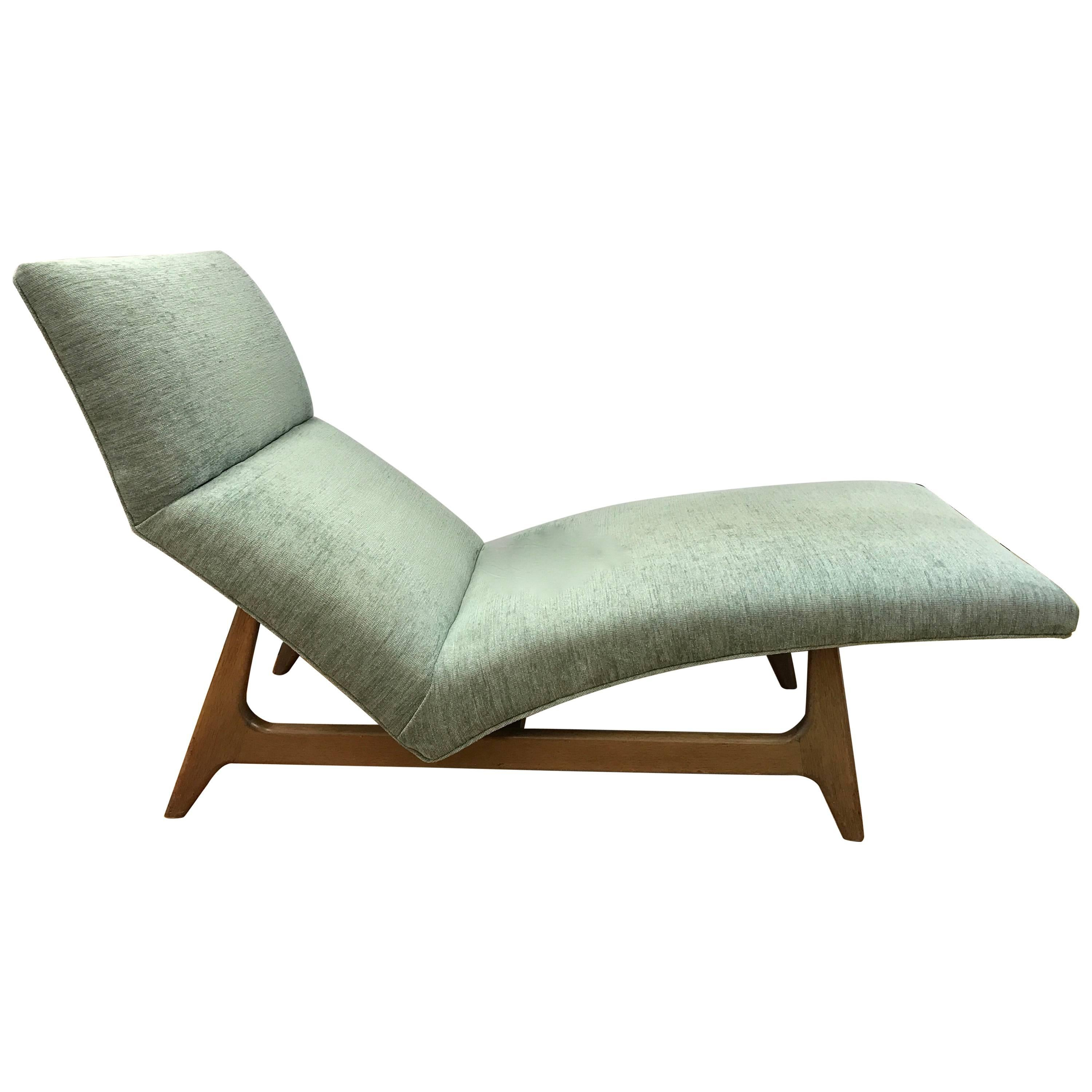 Superb Midcentury Curved Chaise Lounge Chair Attributed To Adrian Pearsall For Sale Good Looking