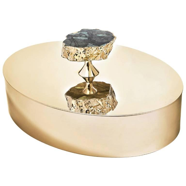 Héritage Lidded Hors d'oeuvres Dish in Pure Emerald and Gold - In Stock For Sale