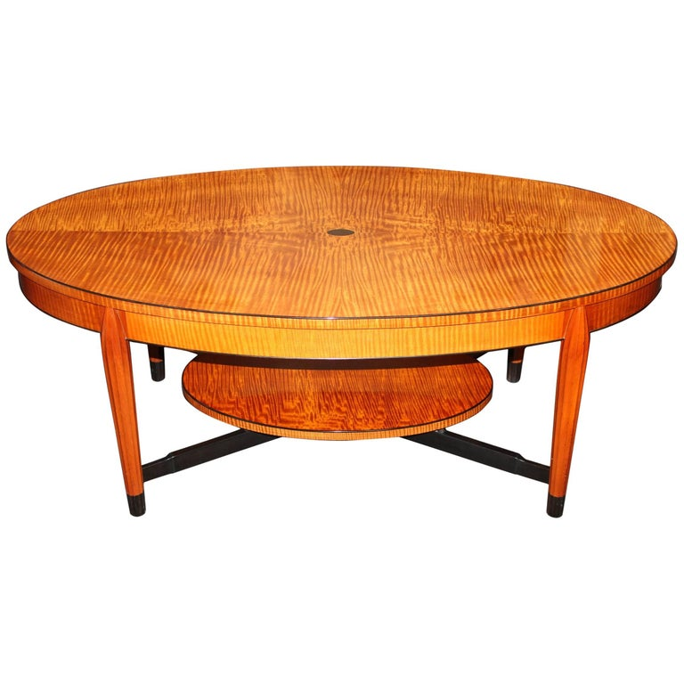 Terry Moore Nh Furniture Master Made Oval Tiger Maple Coffee Table For