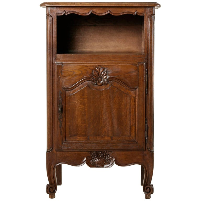 Early 20th century french louis xv style carved oak jam for Sideboard jam