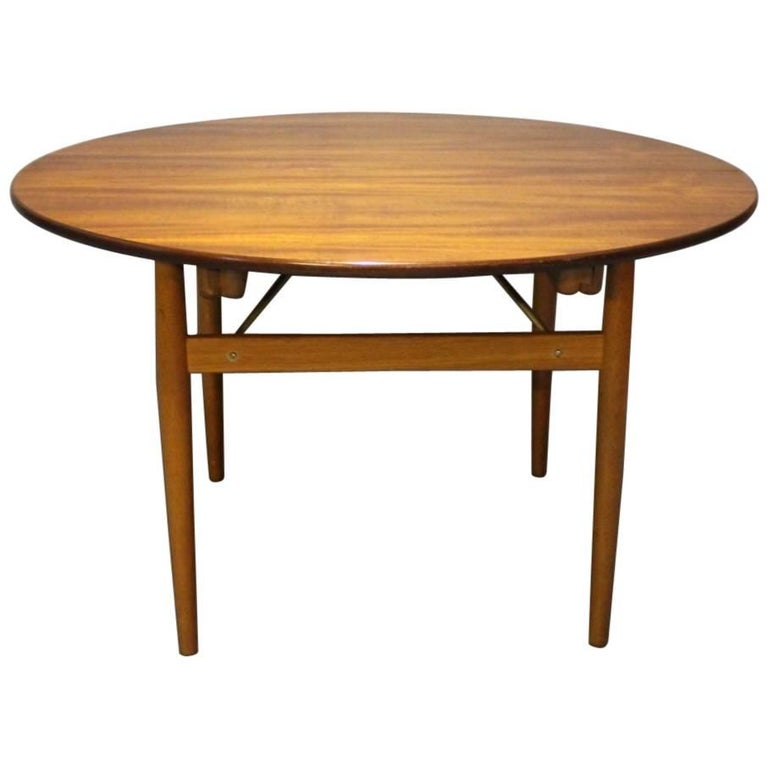 Round Dining Table with Extensions in Teak and Oak by Hans J. Wegner, 1960s