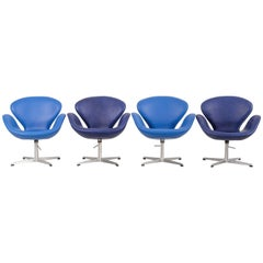 Set of Four Mid-Century Modern Early Edition Arne Jacobsen Swan Chairs