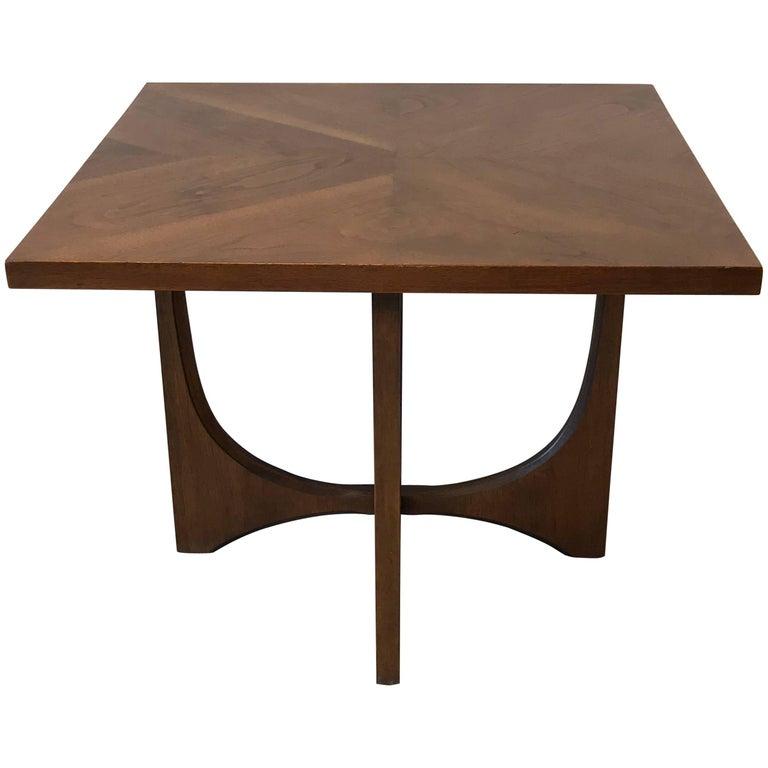 Admirable 1960S Italian Walnut Tripod End Table Uwap Interior Chair Design Uwaporg