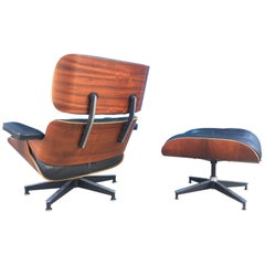 1970s Beautiful Eames Lounge and Ottoman