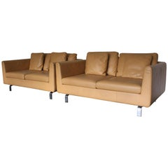 Pair of Walter Knoll Two-Seat Sofas in Pristine Pale-Tan Leather