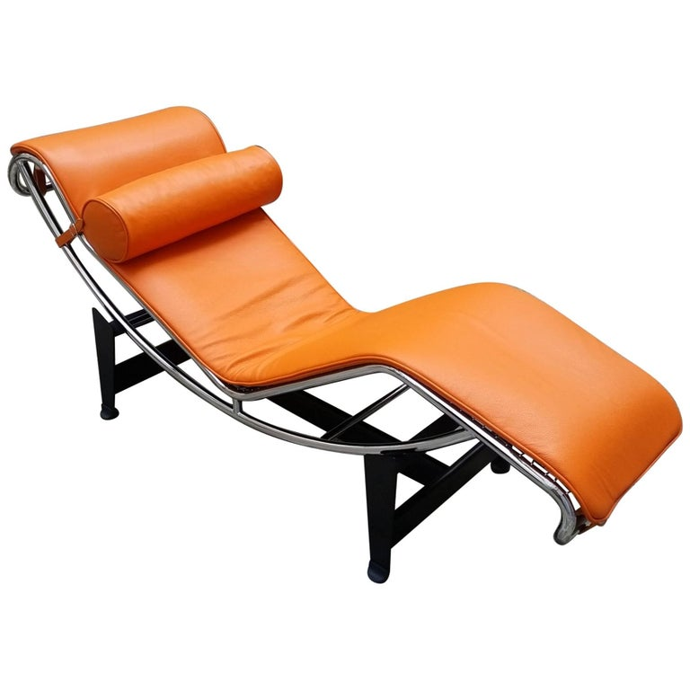 Le corbusier lounge armchair lc4 cassina edition orange for Chaise lounge cassina
