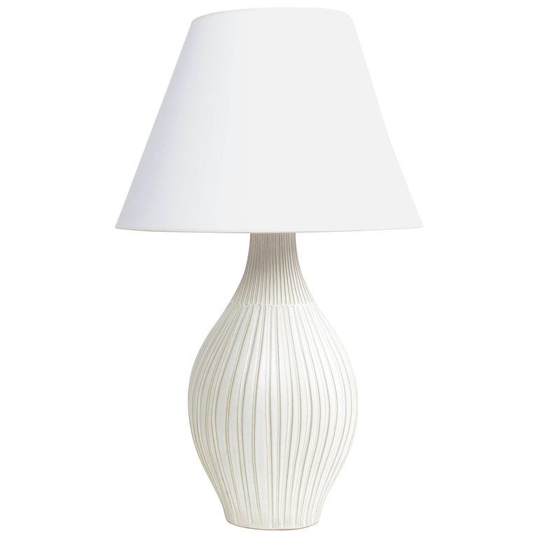 Fluted Gourd Ceramic Table Lamp