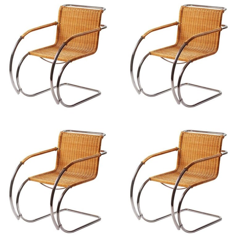 bauhaus ludwig mies van der rohe mr20 lounge chairs in wicker and chrome at 1stdibs. Black Bedroom Furniture Sets. Home Design Ideas