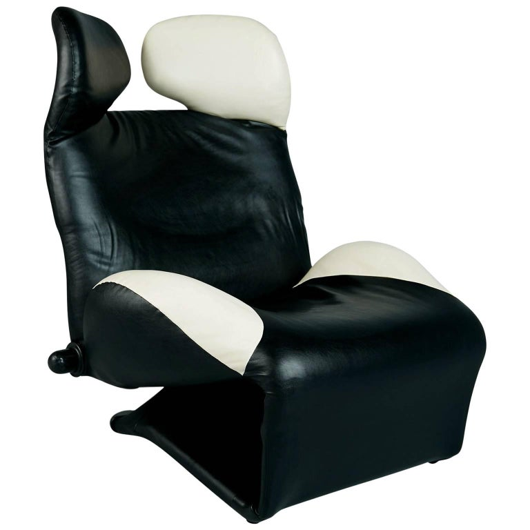 "Toshiyuki Kita ""Wink"" Lounge Chair for Cassina, Italy, circa 1980"