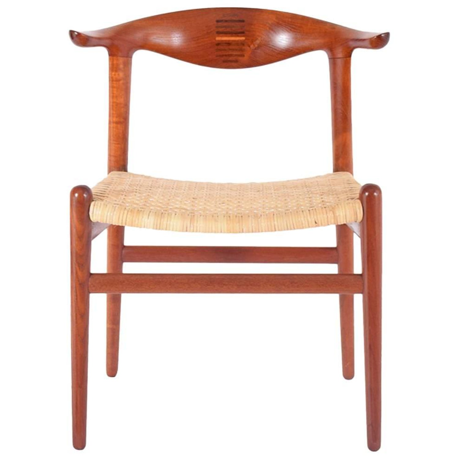 "The ""Round Chair"" by Hans J Wegner at 1stdibs"