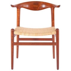 """Cow Horn"" Chair by Hans Wegner for Johannes Hansen"