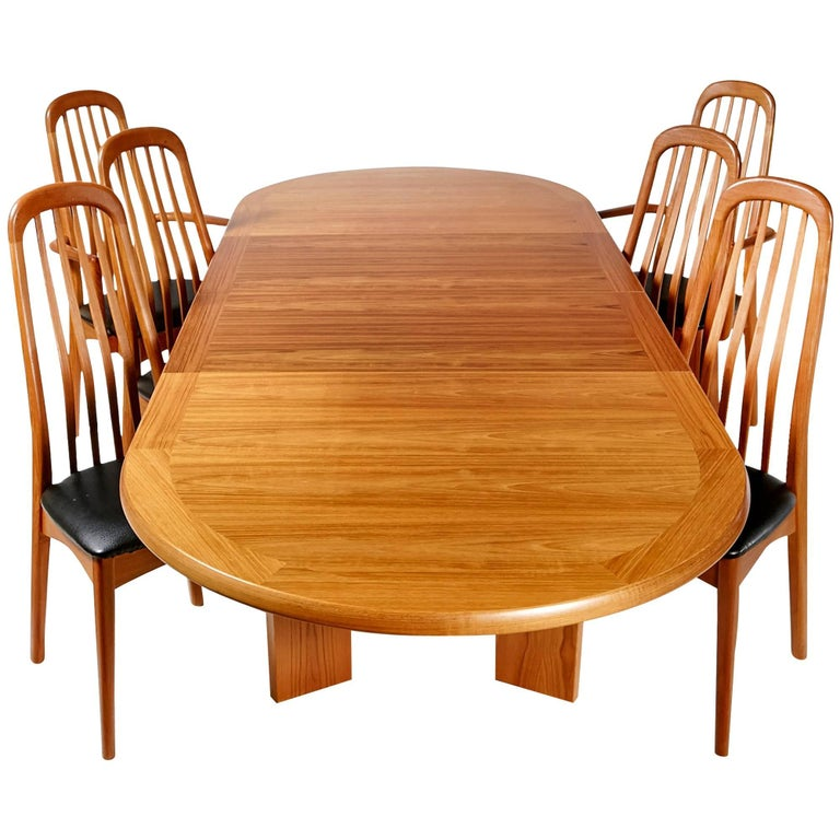 benny linden scandinavian style teak dining room set for sale at 1stdibs. Black Bedroom Furniture Sets. Home Design Ideas