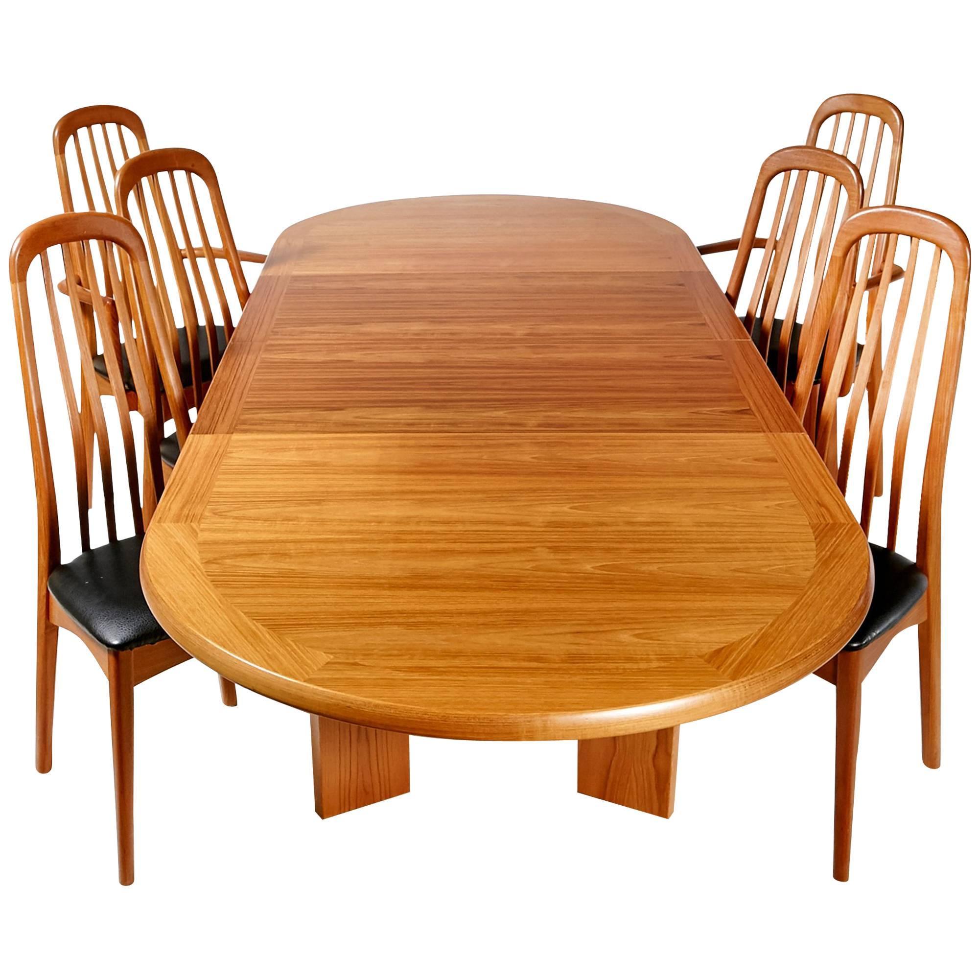 Benny Linden Scandinavian Style Teak Dining Room Set For Sale