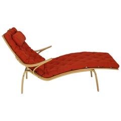 Bentwood Wool Upholstery Chaise Lounge Chair by Alvar Aalto for Artek
